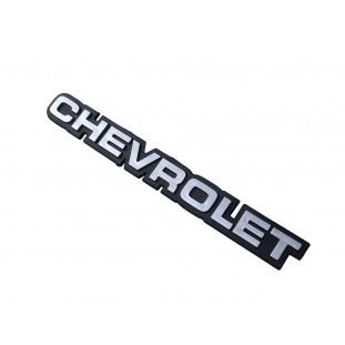 Emblema Chevrolet da Traseira Opala e Chevette 1980 a 1990 Prata Plástico 22,5cm