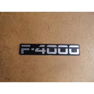 Emblema F-4000 93 à 95 Cinza Lateral