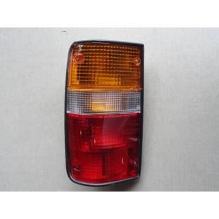 Lanterna Traseira Hilux 2002 à 2005 Esquerdo