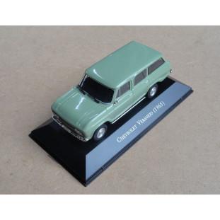 Miniatura Chevrolet Collection Veraneio 1965 Verde 4 Faróis 1/43
