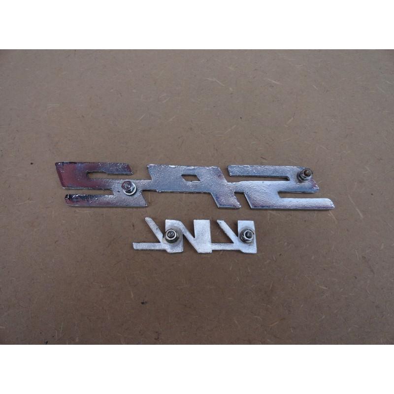 Emblema Vw Sp2 Novo Cromado Letras Vermelhas Em Metal