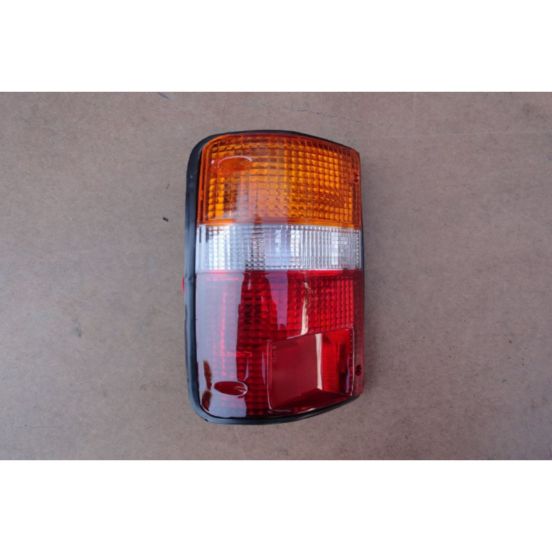 Lanterna Traseira Esquerda Toyota Hilux 92 à 01 Nova