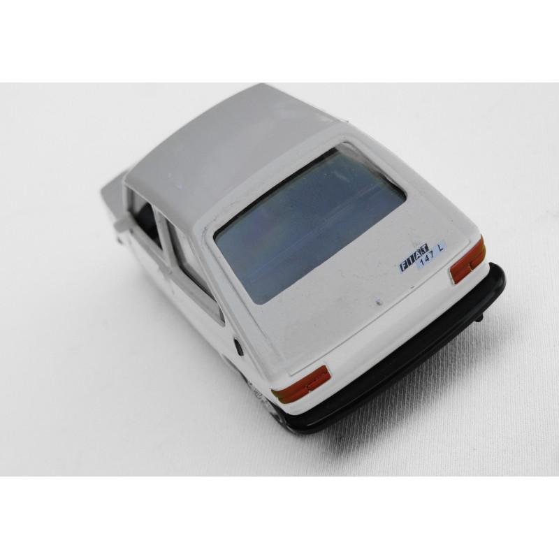 Miniatura Fiat 147 Coleção Carros do Brasil Branco