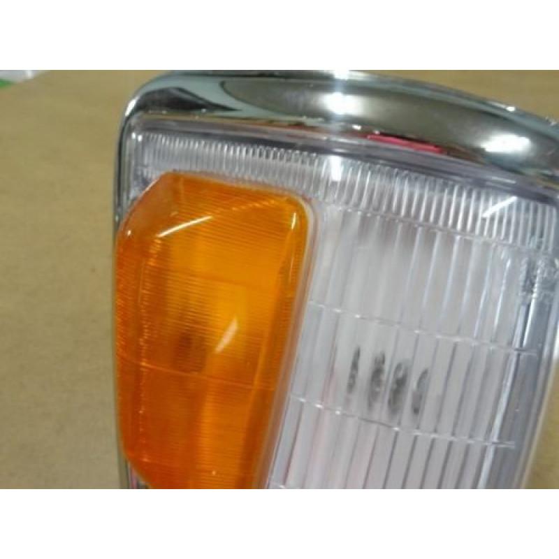 Pisca Superior Hilux 4x4 SR-5 93 à 01 Direito